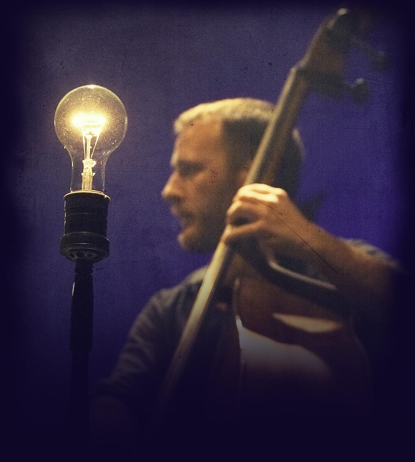 Guido Zorn - contrabbasso - Tournèe Renan Luce 2008